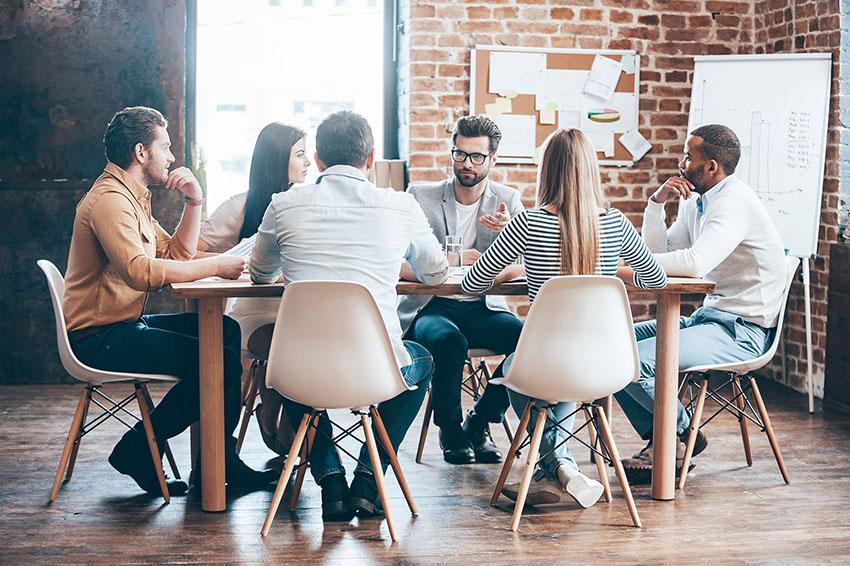 Um pitch para investidores deve ser rápido e levar para uma reunião depois!